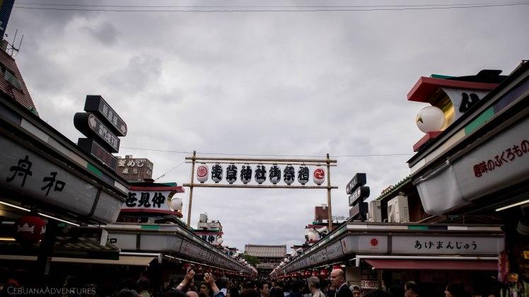 Entrance to Senso-ji Temple