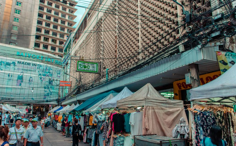 Thailand Day One: Shopping at the Pratunam Market