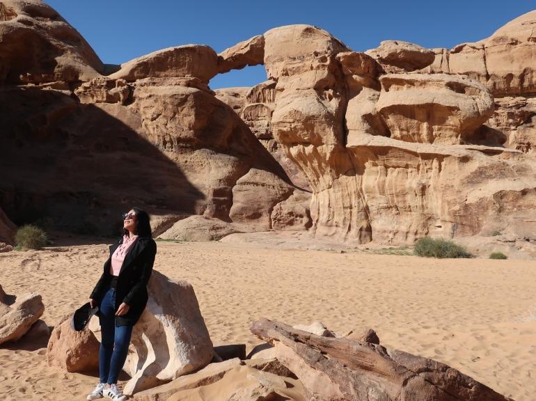 the-arch-wadi-rum-desert-jordan